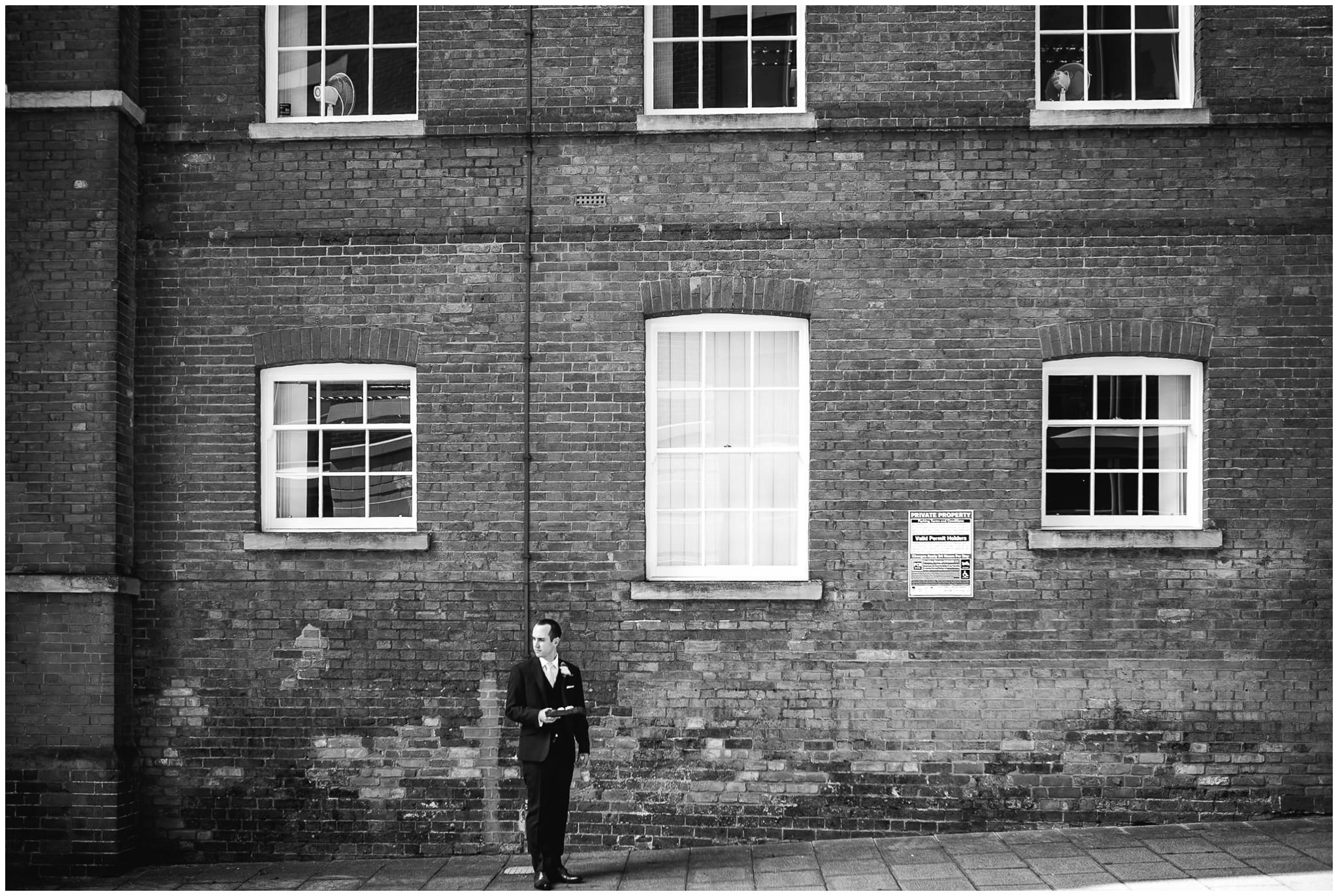Sutton Bonington Hall wedding photographer-12