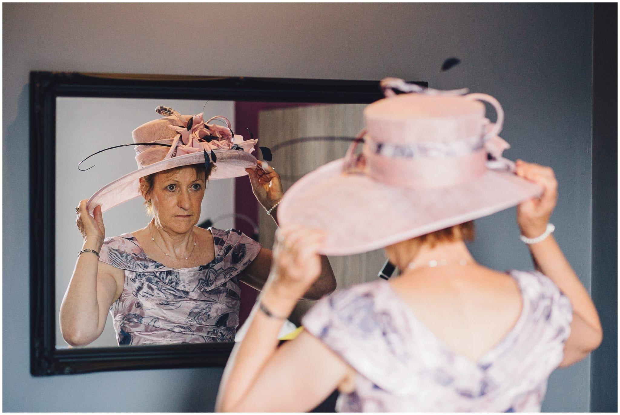 Sutton Bonington Hall wedding photographer-8