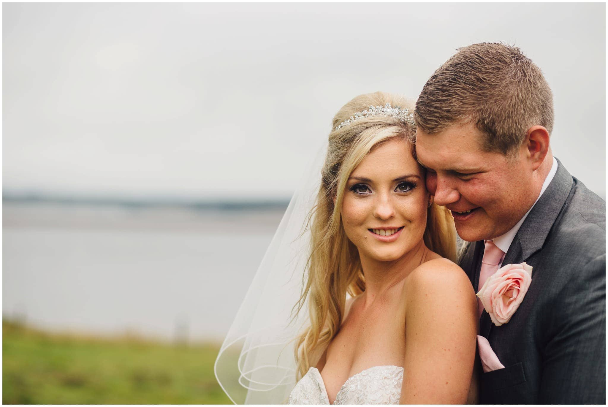 blithfield-lakeside-barns-wedding-photographer-beckythomas-344