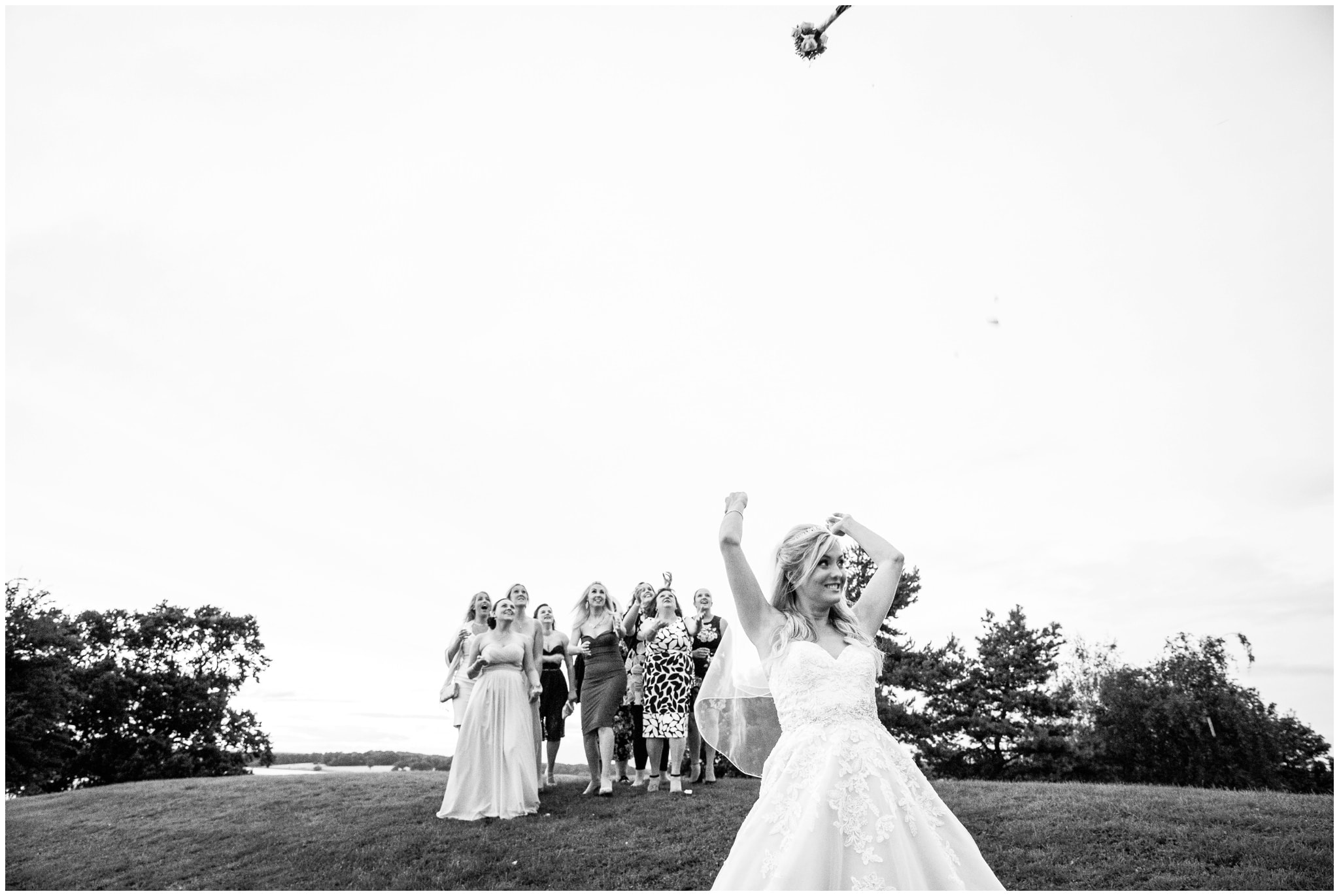 blithfield-lakeside-barns-wedding-photographer-beckythomas-455