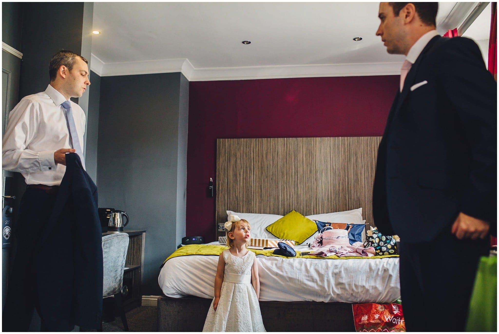 Sutton Bonington Hall wedding photographer-6
