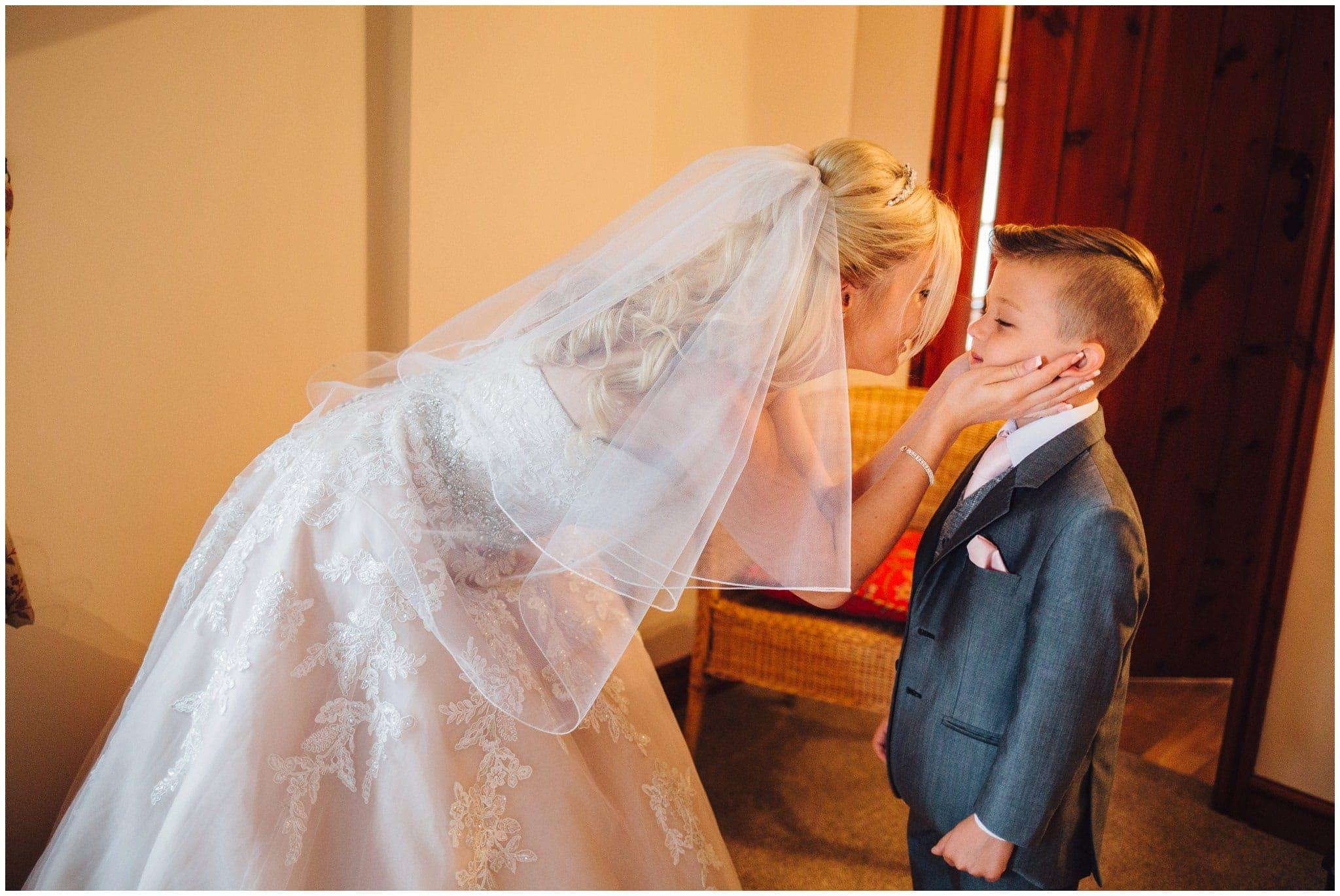 blithfield-lakeside-barns-wedding-photographer-beckythomas-135