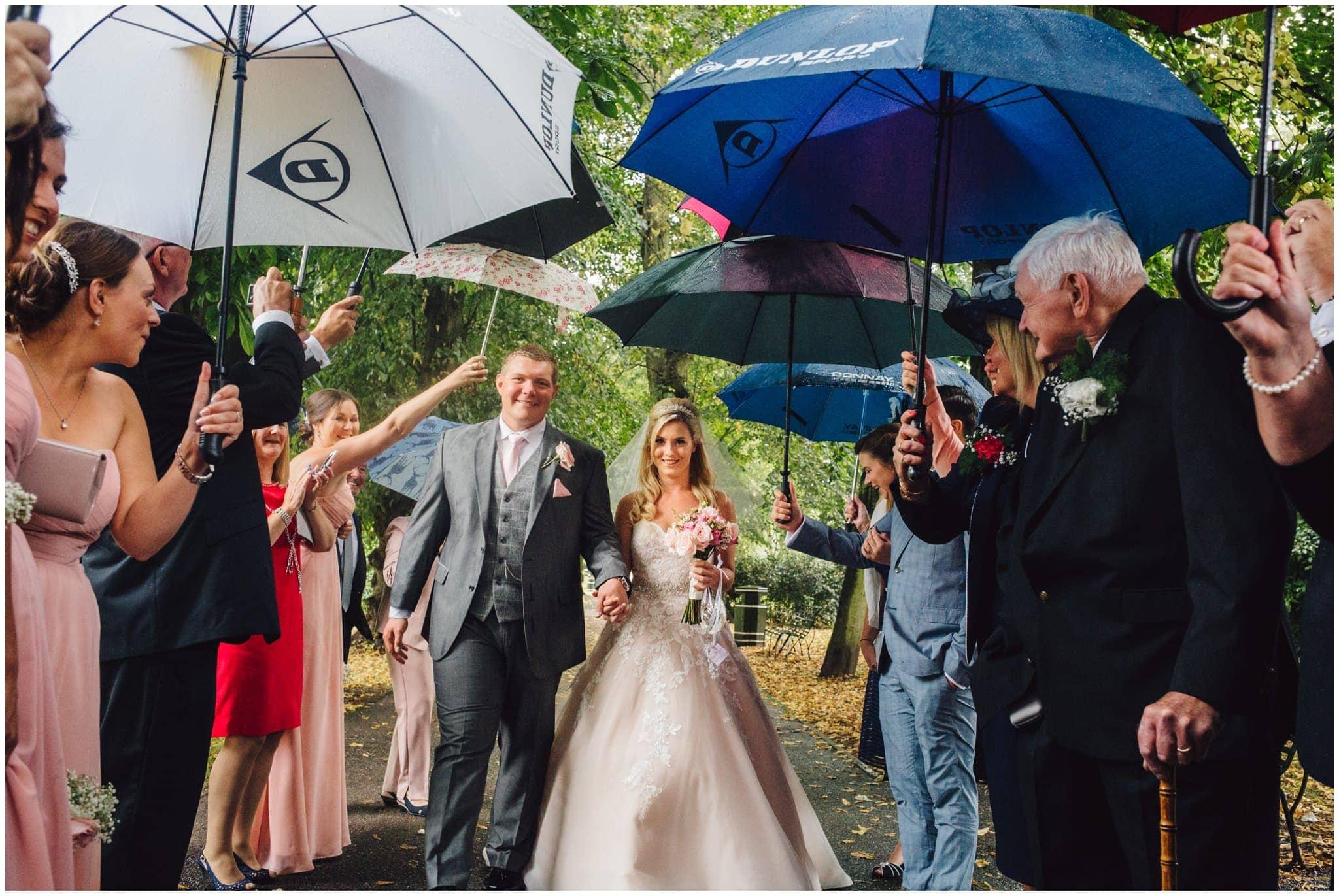 blithfield-lakeside-barns-wedding-photographer-beckythomas-251