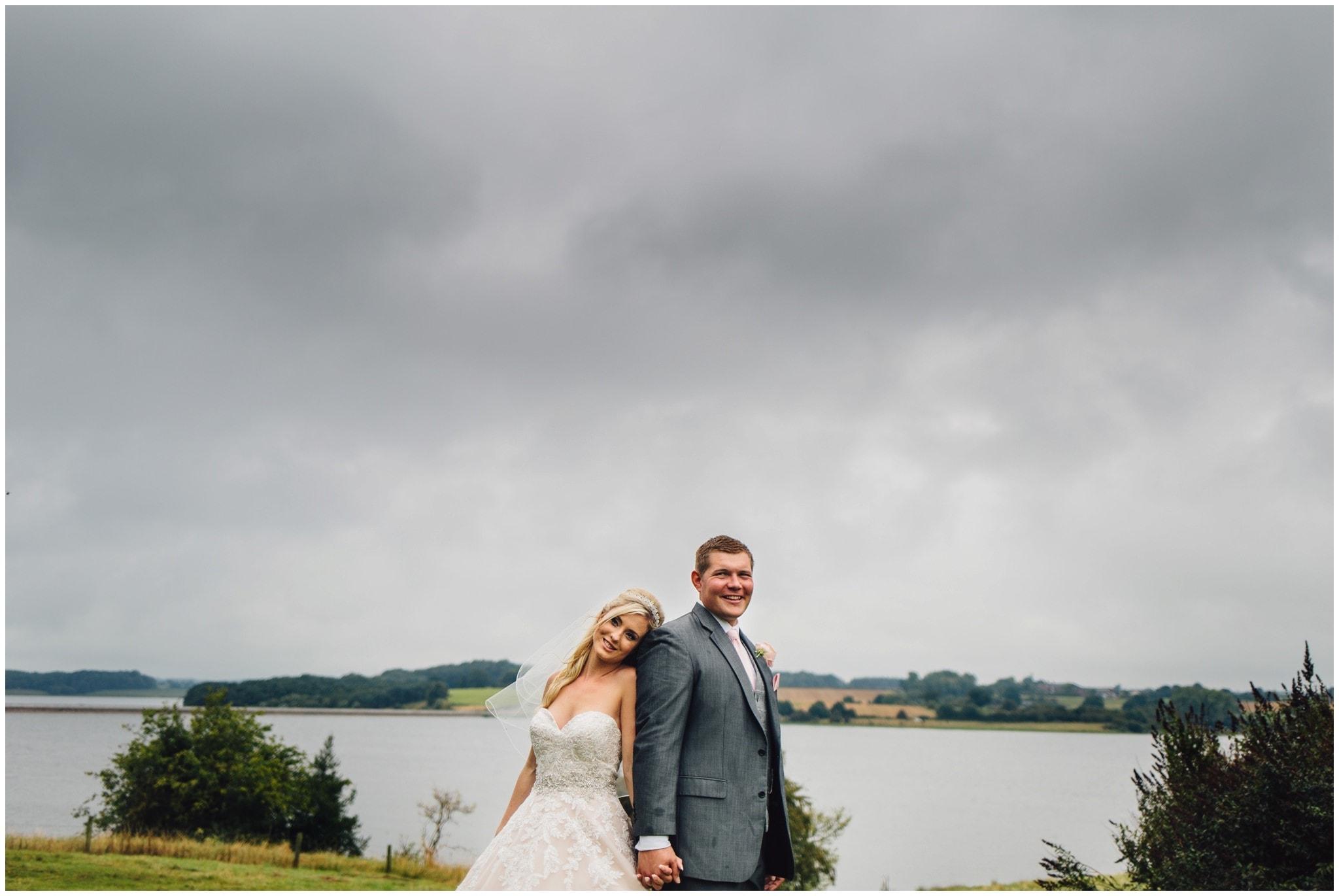 blithfield-lakeside-barns-wedding-photographer-beckythomas-341