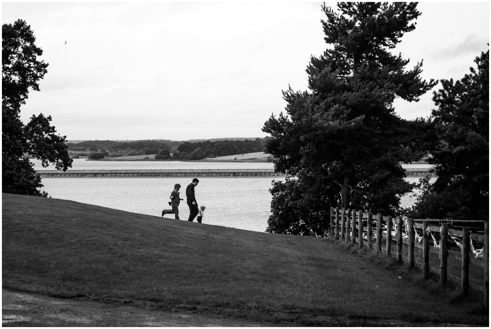 blithfield-lakeside-barns-wedding-photographer-beckythomas-354
