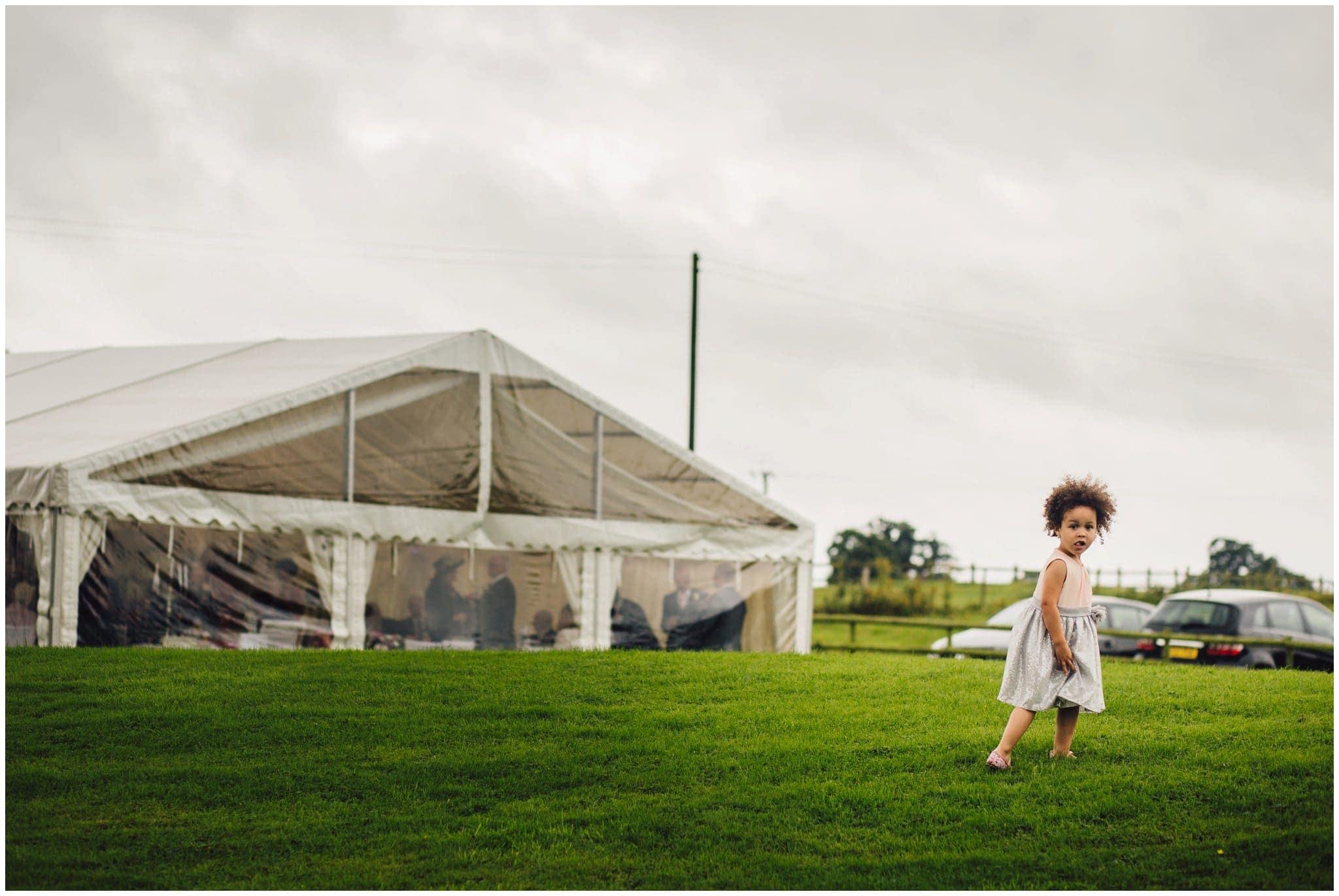 blithfield-lakeside-barns-wedding-photographer-beckythomas-400
