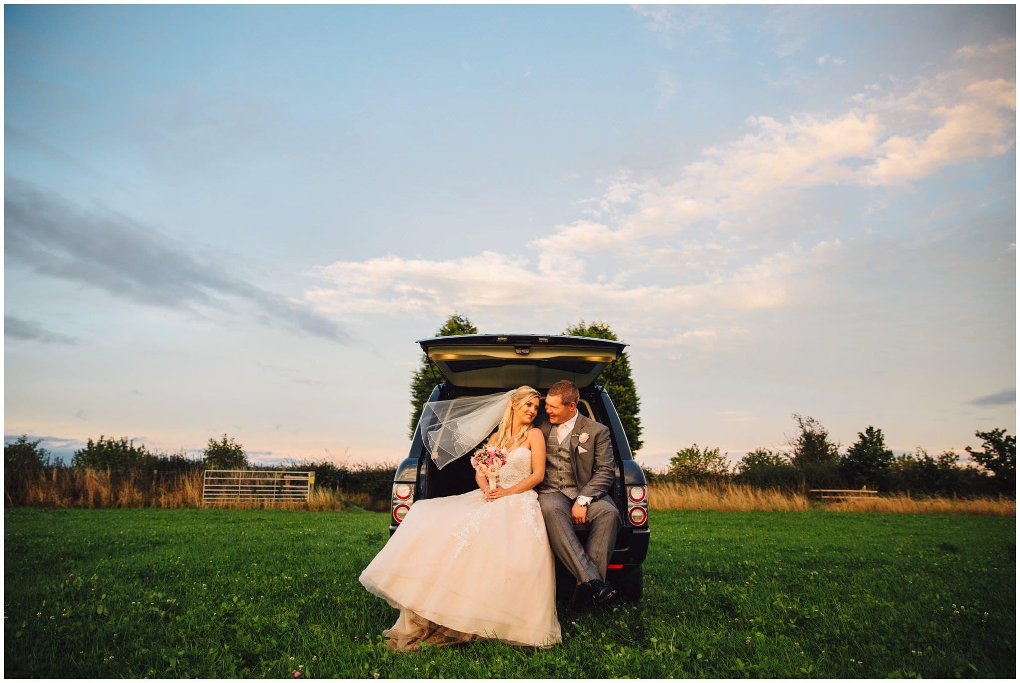 blithfield-lakeside-barns-wedding-photographer-beckythomas-450