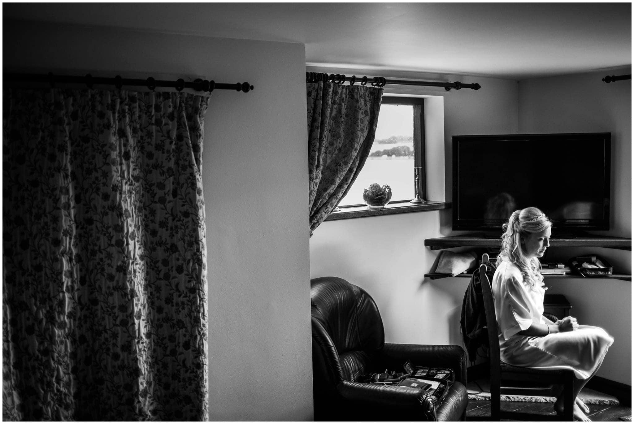 blithfield-lakeside-barns-wedding-photographer-beckythomas-53