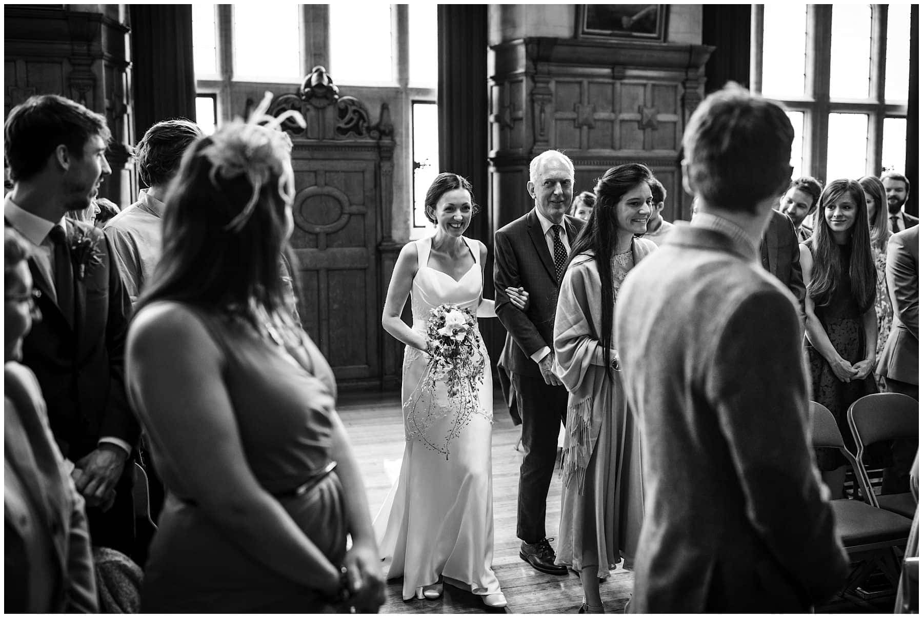 Oxfordshire wedding Photographer J S Coates Wedding Photography. Oxford Town Hall & The Perch Pub 32