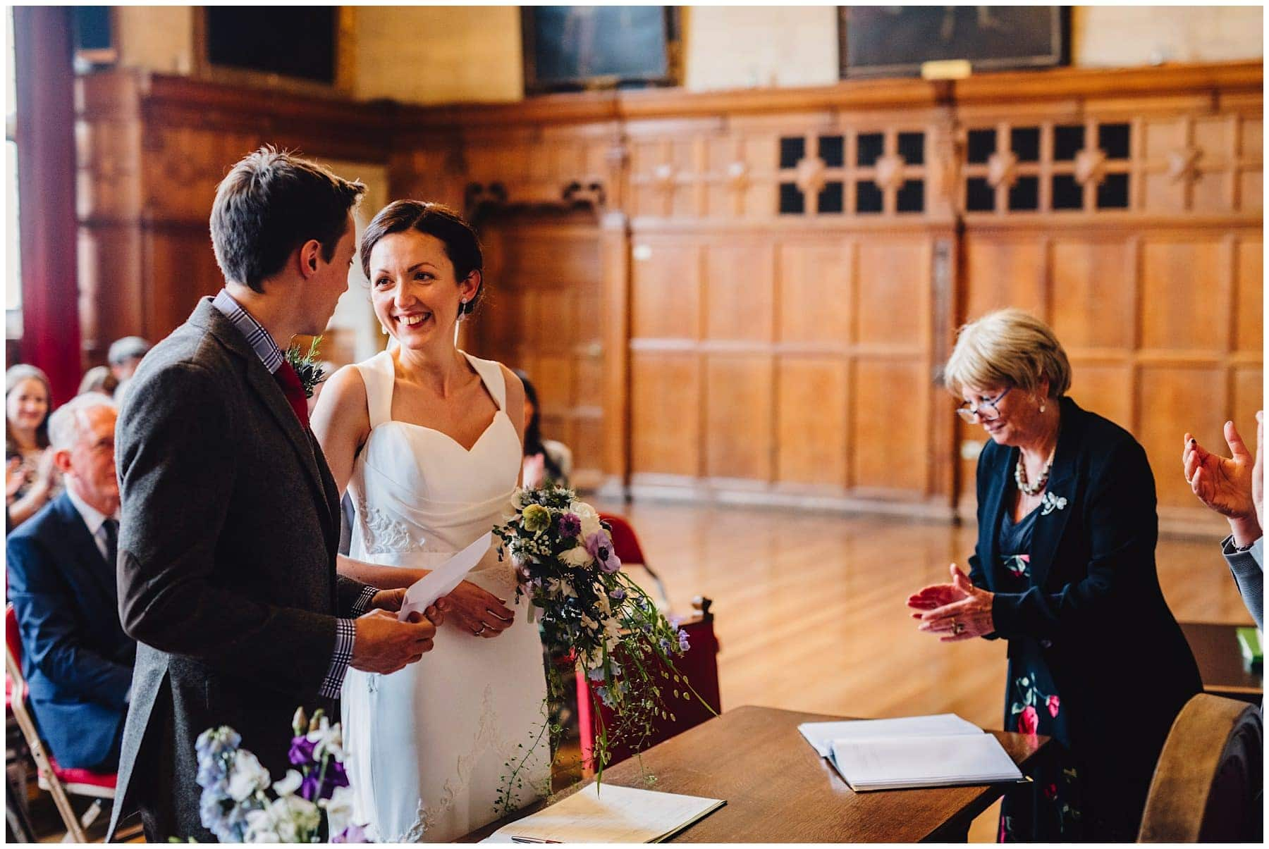 Oxfordshire wedding Photographer J S Coates Wedding Photography. Oxford Town Hall & The Perch Pub 37