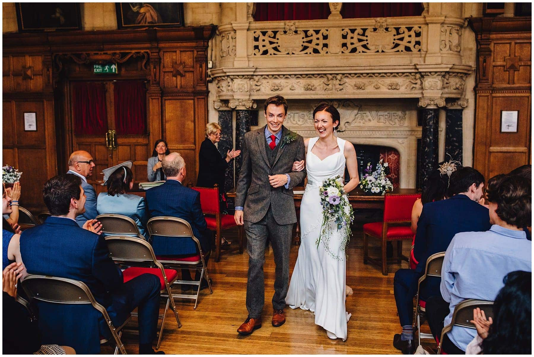 Oxfordshire wedding Photographer J S Coates Wedding Photography. Oxford Town Hall & The Perch Pub 39
