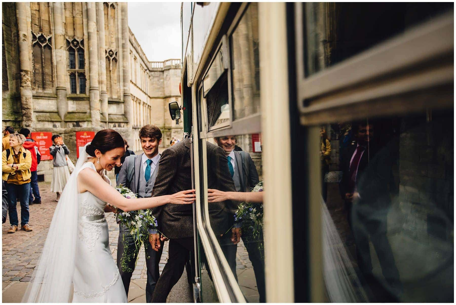Oxfordshire wedding Photographer J S Coates Wedding Photography. Oxford Town Hall & The Perch Pub 43