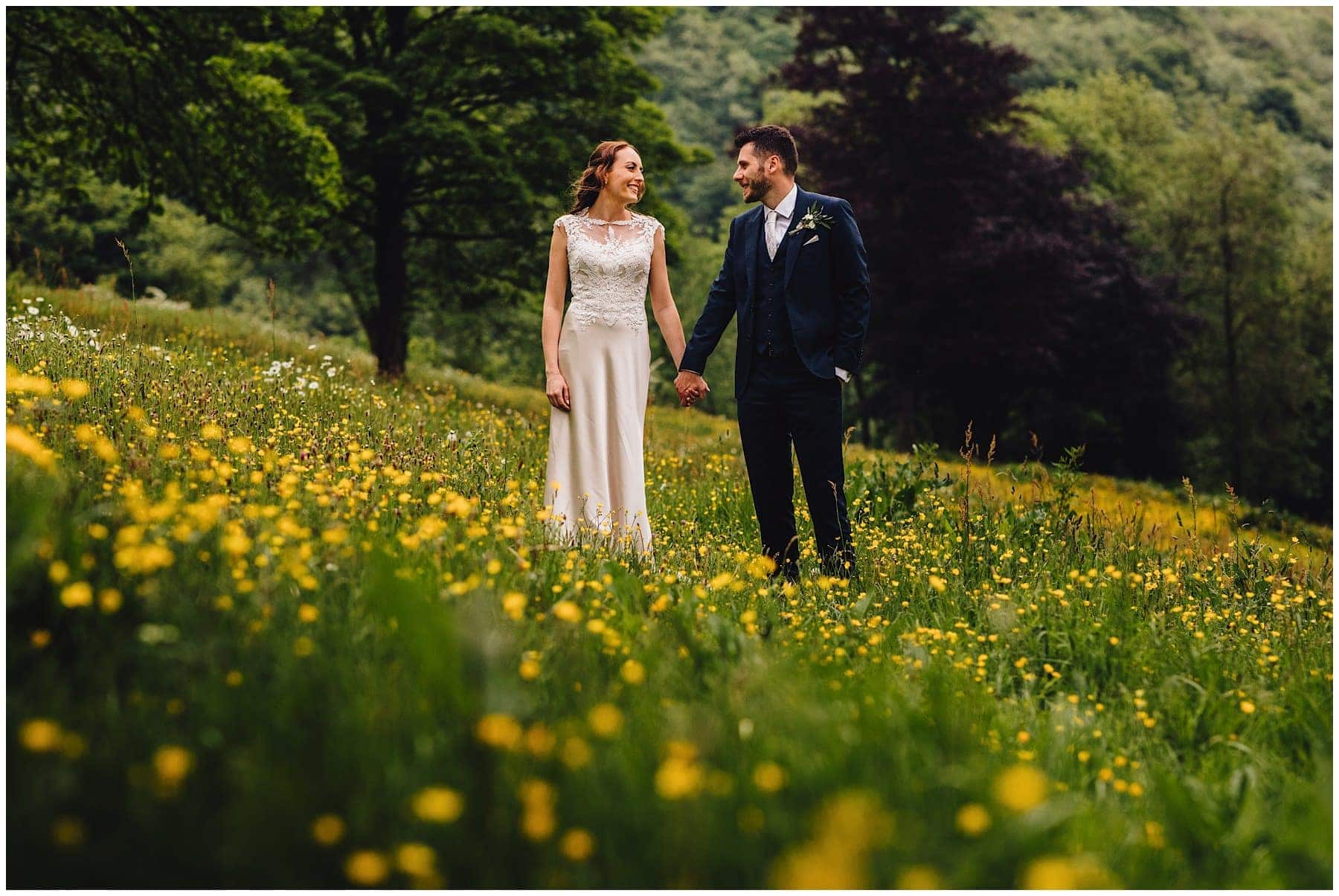 peak district wedding photographer 59