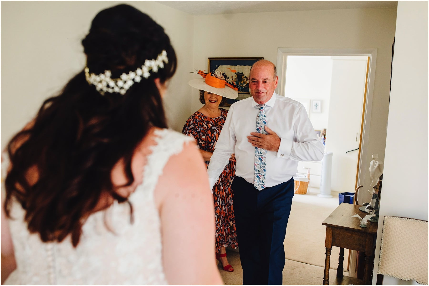 father of the bride seeing her for the first time